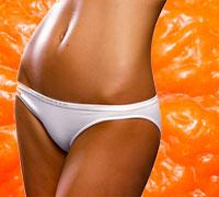женщина на фоне апельсиновой корки, фотоколлаж