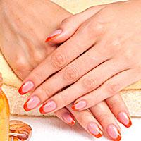 Для укрепления ногтей: отбеливающая ванночка, масло и воск
