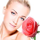 Розовые лепестки для лица, волос и тела